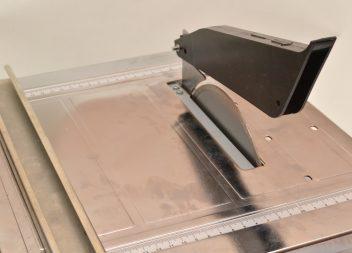 Как правильно и чем отрезать кафельную плитку?
