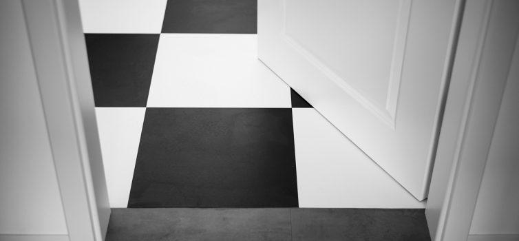 Черно - белый цвет в интерьере