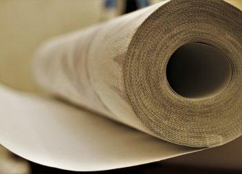 Достоинства и недостатки бумажные обоев