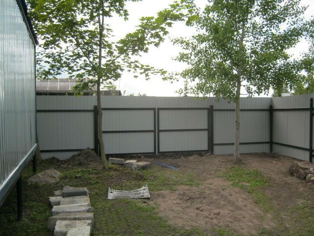 Ворота на винтовых сваях