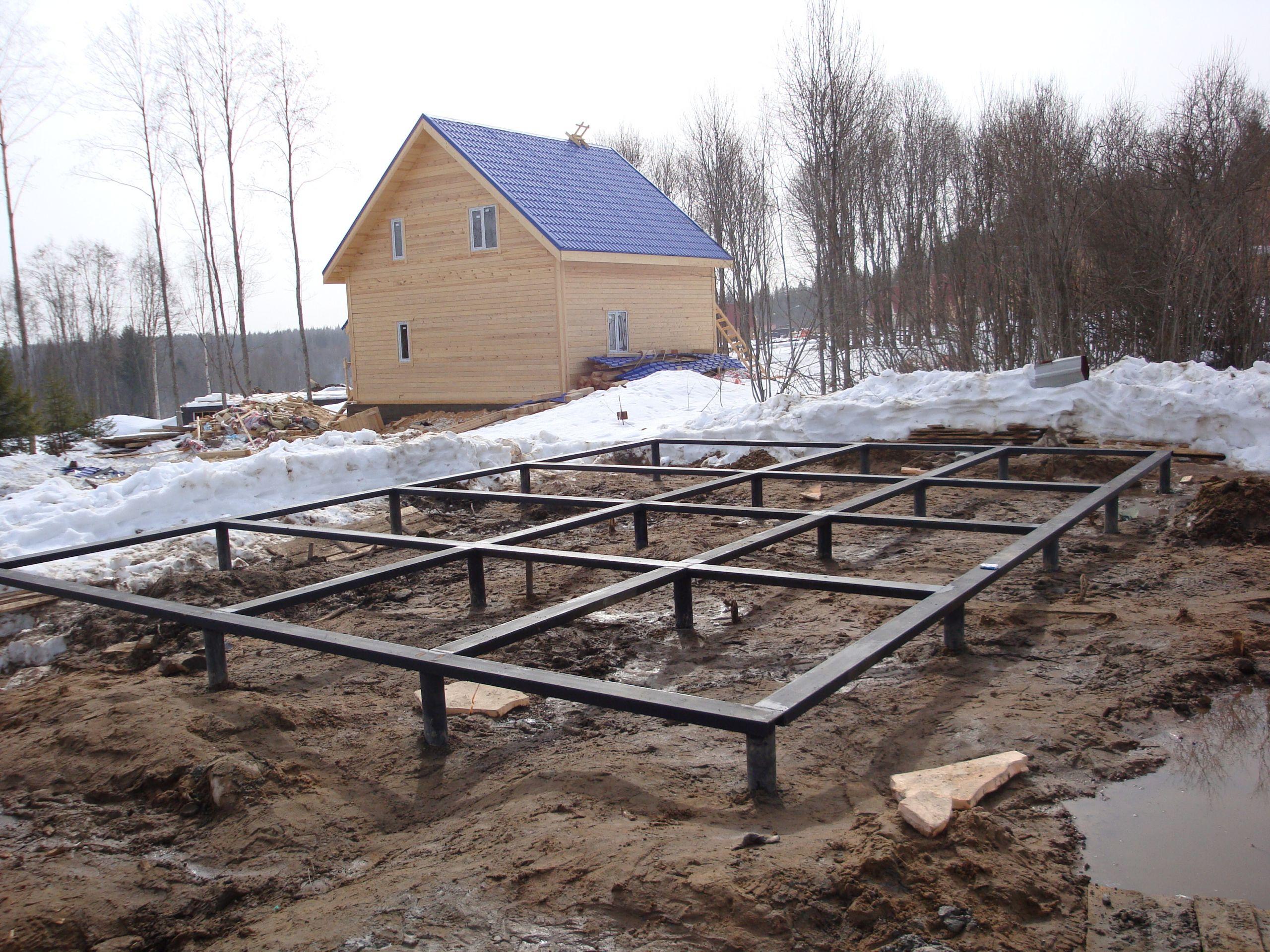 Свайно-винтовой фундамент для деревянного дома