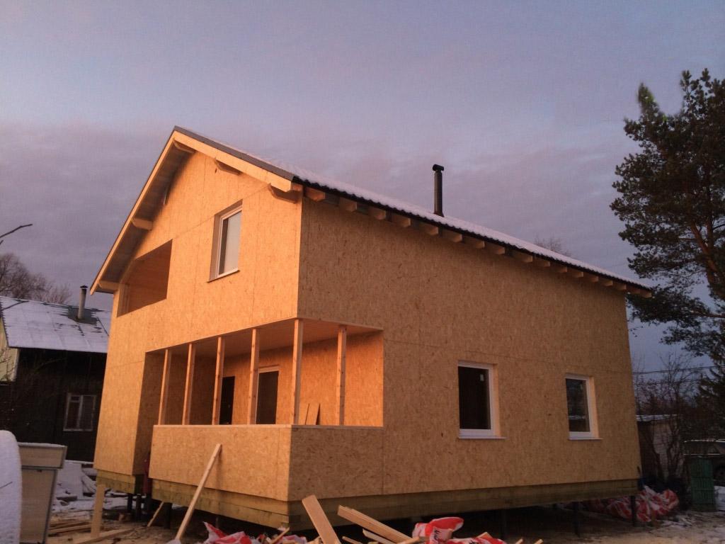 Каркасный дом на свайно-винтовом фундаменте
