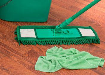 Как мыть различные виды напольного покрытия?