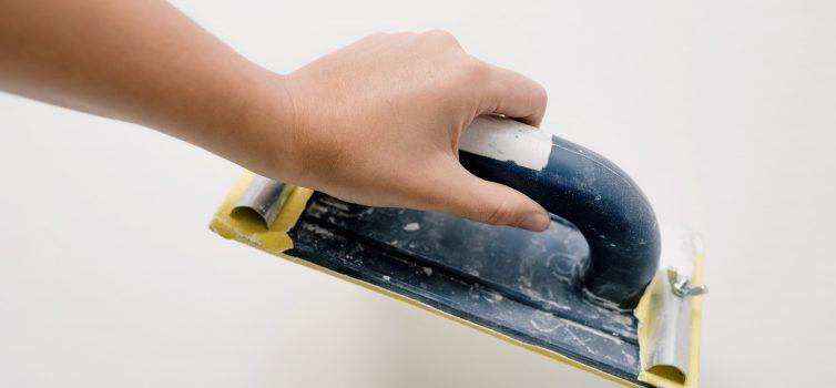 Хорошая зачистка шпаклевки, залог отличной покраски
