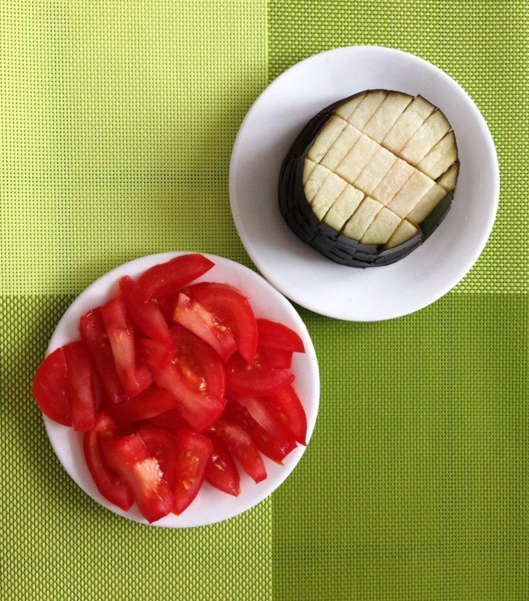 Баклажан и томат